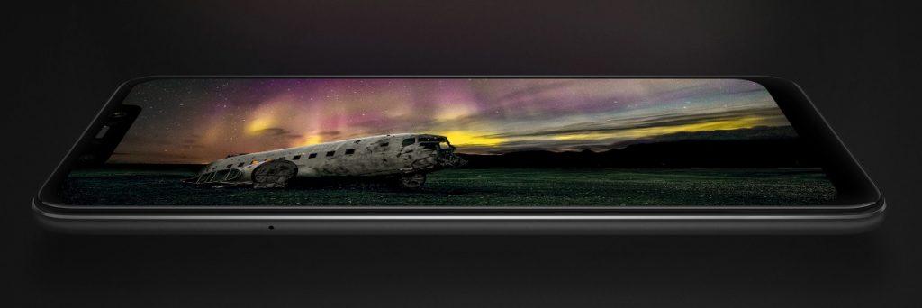 11 del 11. Pocophone F1. Entre los mejores móviles del black friday