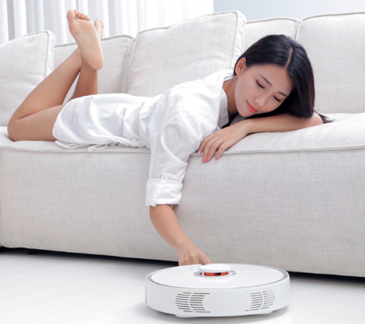 Junto a la Conga 3090, el Robot Aspirador Roborock S50, lidera la calidad precio de la limpieza del hogar.