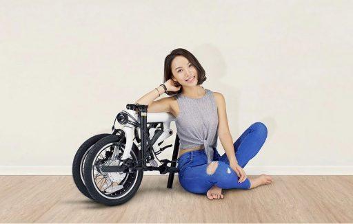 Como ya hizo Xiaomi con su Patinete M365, esta bicicleta eléctrica es un modelo a imitar por la competencia. Todo un superventas en el 11 del 11