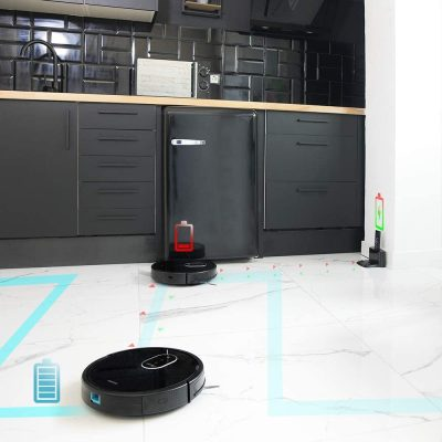 El Conga 1790 memoriza donde está la base de carga y vuelve a ella cuando está bajo de batería.