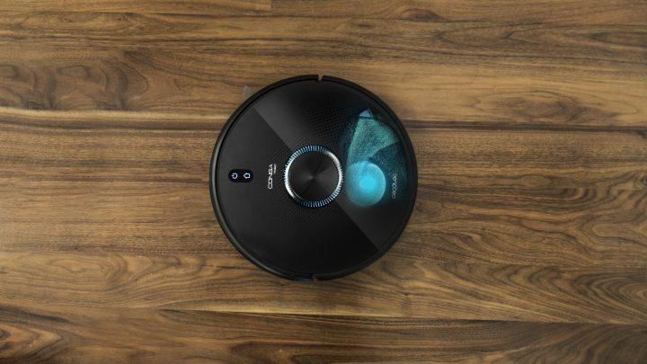 Conga 7090 IA. Cecotec se lanza a por los Roomba con un Robot con IA y ¿un sable laser ?